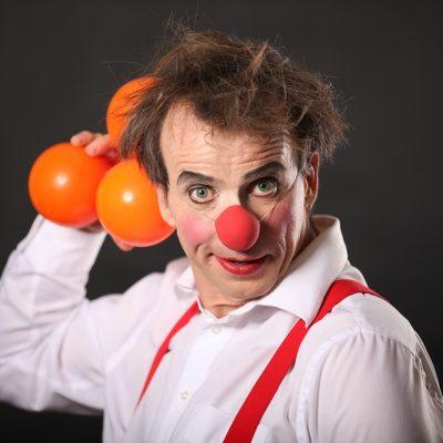 clown jonglage